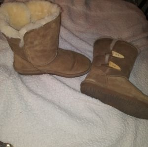 Bear Paw Abigail Boots 9